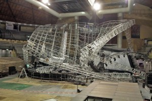 stage collapse palco-jovanotti-trieste_650x435
